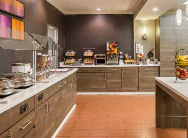 Residence Inn Downtown Breakfast Area