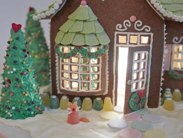 SWEET CREATIONS GINGERBREAD DISPLAY & SILENT AUCTION