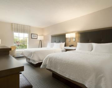 2 Queen Beds Hampton Inn NEW