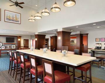 Lobby Hampton Inn NEW