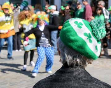 https://res.cloudinary.com/simpleview/image/upload/crm/newportri/st-patricks-parade_credit-Discover-Newport-2385_d05dc467-5056-b3a8-4971c1adb607cfa1.jpg
