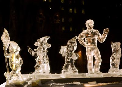 First Night Ice Sculpture3841-3