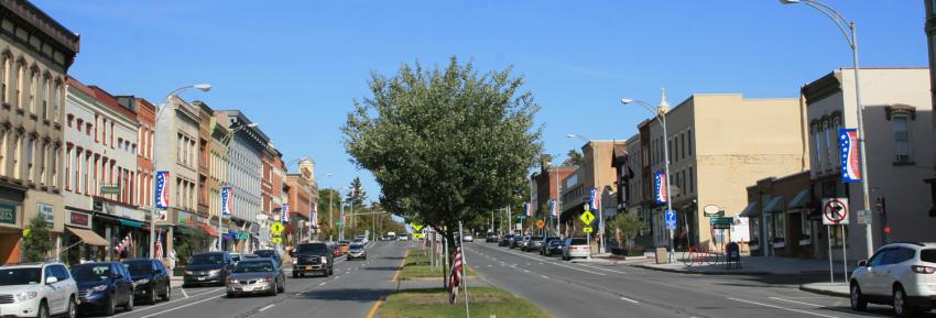 downtown-canandaigua-main-street-shopping