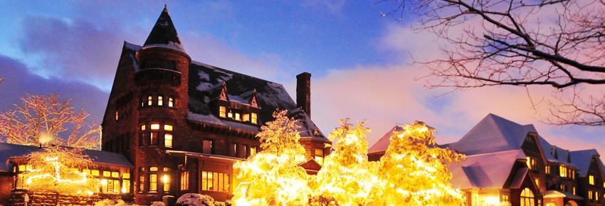 finger-lakes-belhurst-castle-winter-lights.jpg