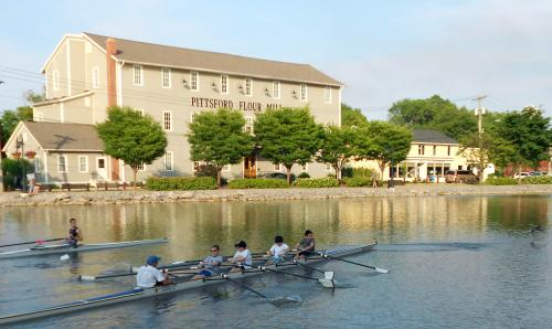 boaters row on the Erie Canal