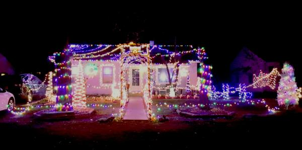 3220 woodrow avenue best christmas light displays east fort wayne