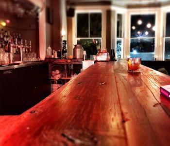Vinyl Lounge bar