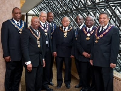 8 members of the Grand Order of Oddfellows