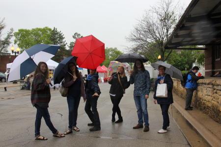 Umbrella_Group_City_Market