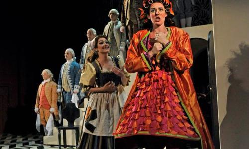 Opera Saratoga Lady in Red Dress