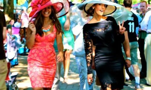 Saratoga Race Course women with hats