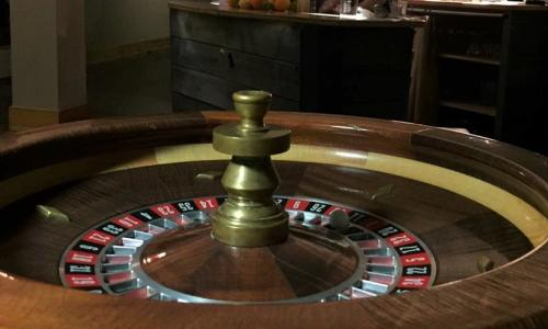 Alpine Amusement roulette wheel