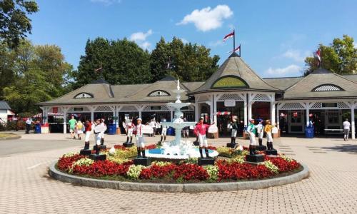 Saratoga Race Course entrance