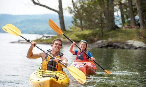 Lake George couple out on kayaks