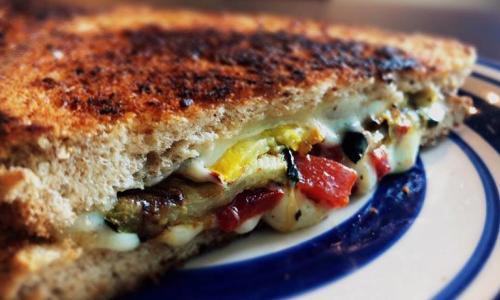 Saratoga's Broadway Deli grilled cheese