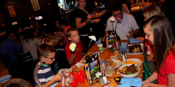 Family dining at Scotty's Brewhouse