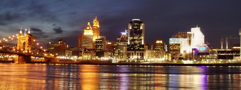 Cincinnati skyline from kentucky shore night
