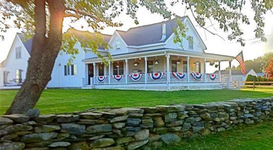 Escobar S Farmhouse Inn