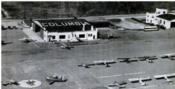 Black and white photo of Curtiss-Wright Hangar in Columbia, SC