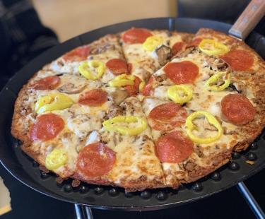 Keto pizza at Rock Star Pizza