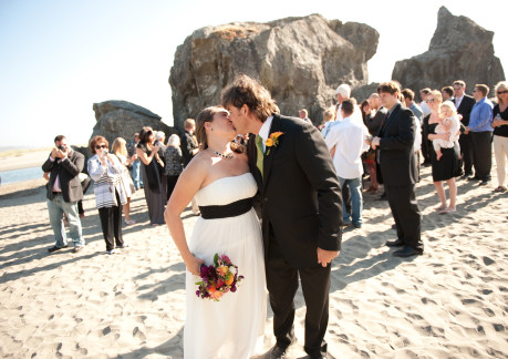 weddings at moonstone beach