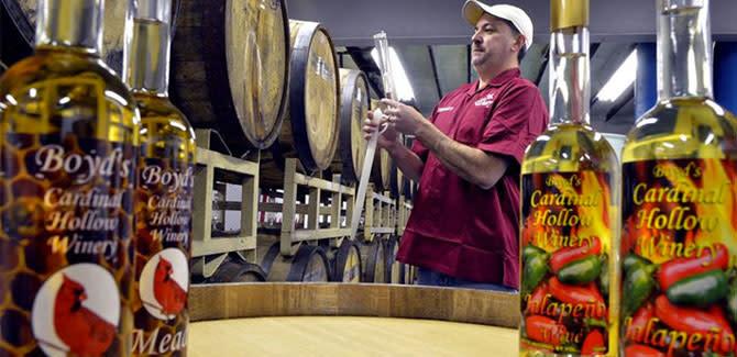 Boyd's Cardinal Hollow Winery