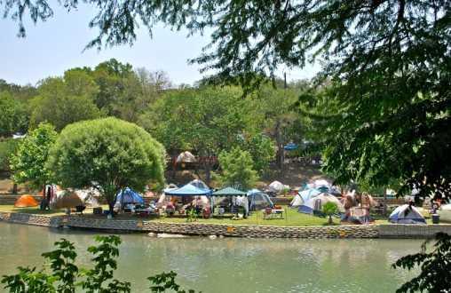 Roy's Rentals & Campground