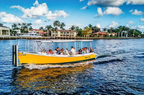 Water taxis in Fort Lauderdale