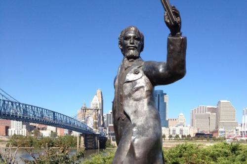 Riverside Drive Statue Tour