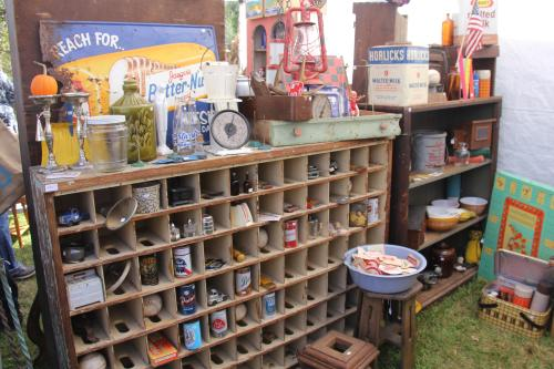 Nellie's Barn Sale 3
