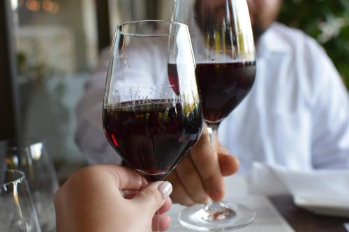 Vino Venue Wine Cheers