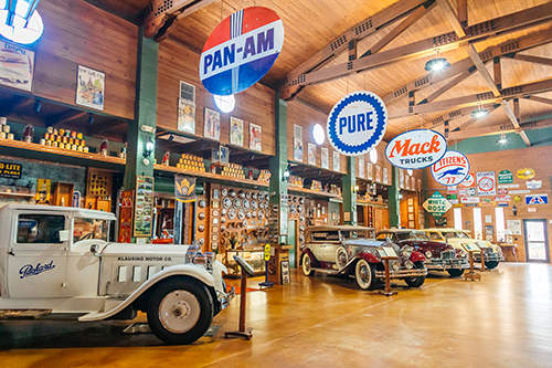 The Fort Lauderdale Antique Car Museum holds the largest collection of Packard cars and historical memorabilia dating back to the 1900s.