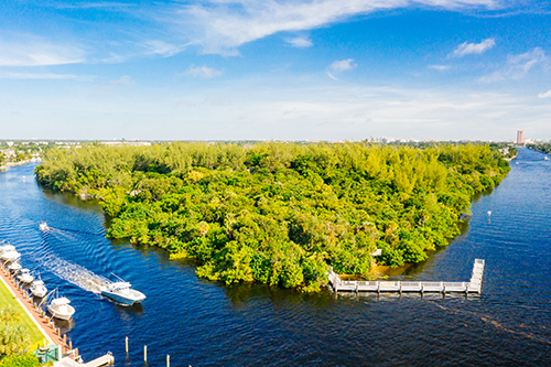 Deerfield Island, a Fort Lauderdale nature refuge off the Intracoastal Waterway, can only be reached by boat.