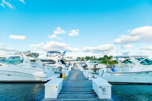 Sunny.org has a great list of marinas as a place to start your on-the-water adventure.