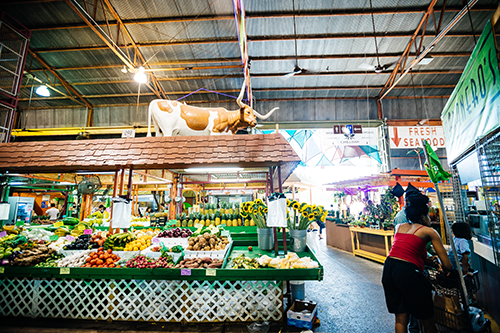 Yellow Green Farmers Market in Hollywood, FL is a 100,000-square-foot metal warehouse with a delightful maze of over 350 vendors selling local vegetables, craft beer, artisanal goods, and culinary treats.