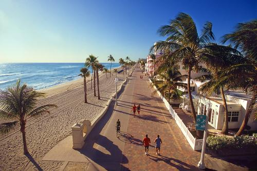 The 2.2-mile Hollywood Beach Broadwalk is perfect for your bike or running shoes. The wide paved path is one of the most beautiful stretches of beach in South Florida.