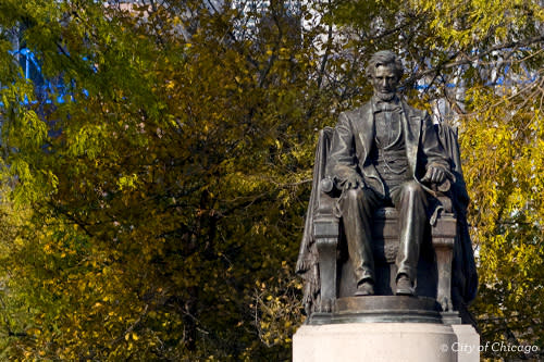 Abraham Lincoln in Grant Park Chicago