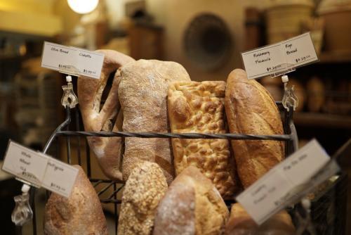 Alon's Breads