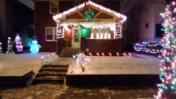 625 Greenlawn Avenue - Best Christmas Lights Display - WEST - Fort Wayne, IN