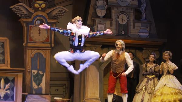 The Eugene Ballet Performs The Nutcracker