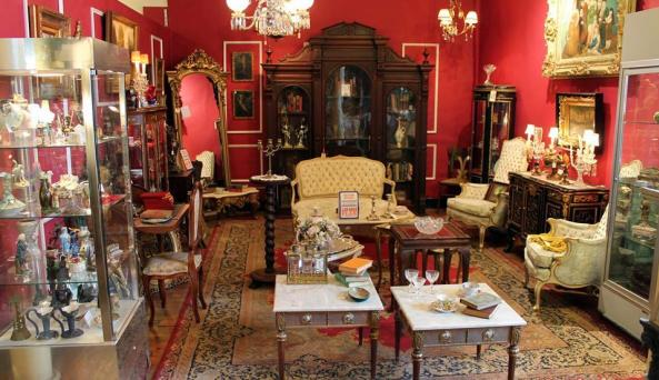 Syracuse Antiques exchange Interior