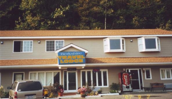 Berkshire Travel Lodge exterior.jpg
