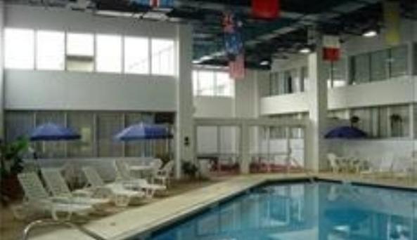 Holiday Inn Pool.JPG