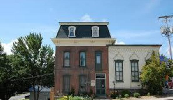 1880 House External