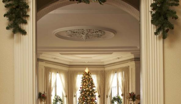 Locust Grove Estate Drawing Room Christmas