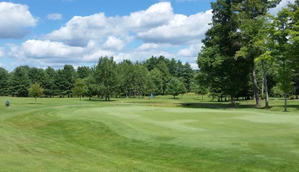 Beautiful scenery at Bolivar Golf Club