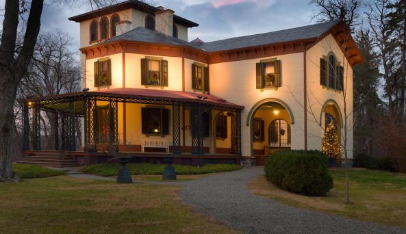 Locust Grove Estate Mansion winter