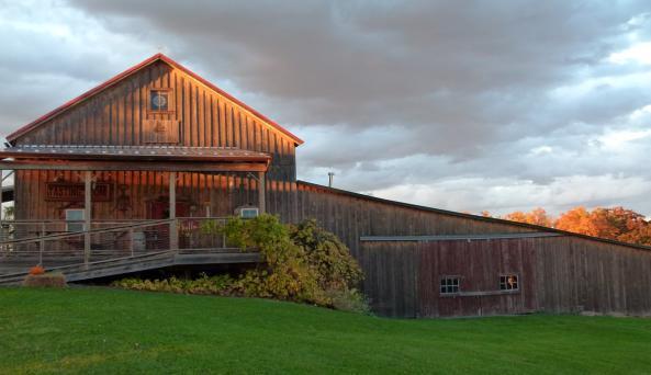 lacey-magruder-vineyard-and-winery-geneva-exterior