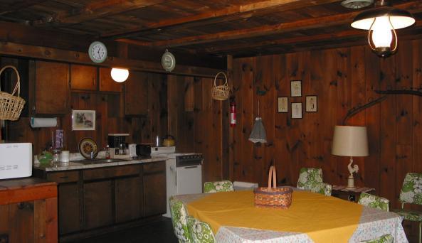 brookside_cottages_-1.jpg