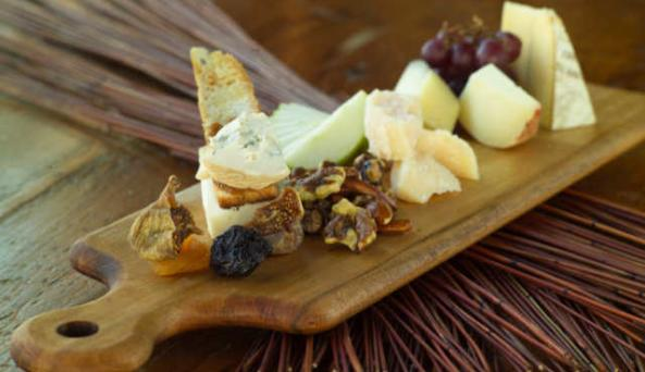 cheeseplate1-jpg.jpg
